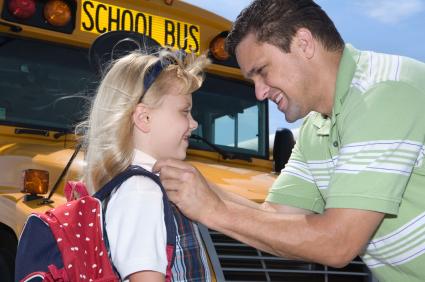 best service 6a6bd fe031 Vaikai yra mūsų ateitis. Juos reikia ne tik užauginti, bet ir apsaugoti nuo  pavojų bei nelaimingų atsitikimų. Dažnai skaudžios nelaimės atsitinka eismo  ...